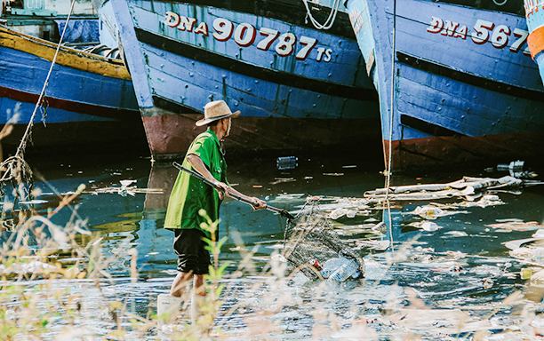 """DTU Multimedia Communications Student Receives Prize at the """"Story of Plastic Waste"""" Photo Contest"""