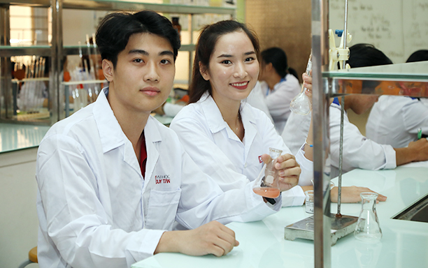 Fulfil your dream of becoming a Pharmacist
