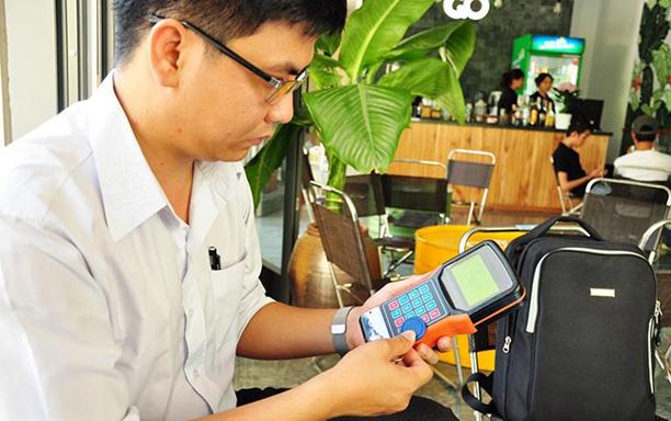 Great Convenience of Handheld Parking Ticket Dispenser