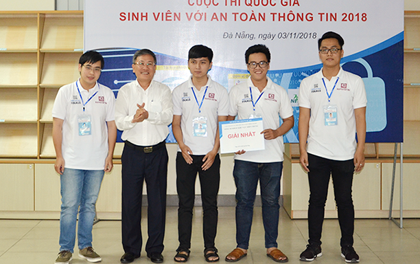 DTU Students Win 2018 Central Vietnam Information Security Championship