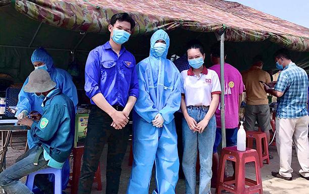 DTU Nursing Students Volunteer for Covid-19 Medical Checkpoint Duties